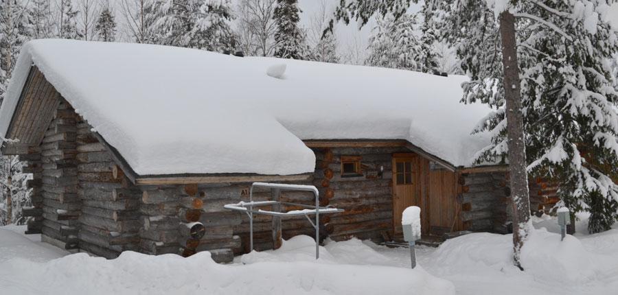 finland_lapland_pyhä_Log_Cabins _(3 stars)_2_room_mezzanine_superior_cabin_exterior4.jpg